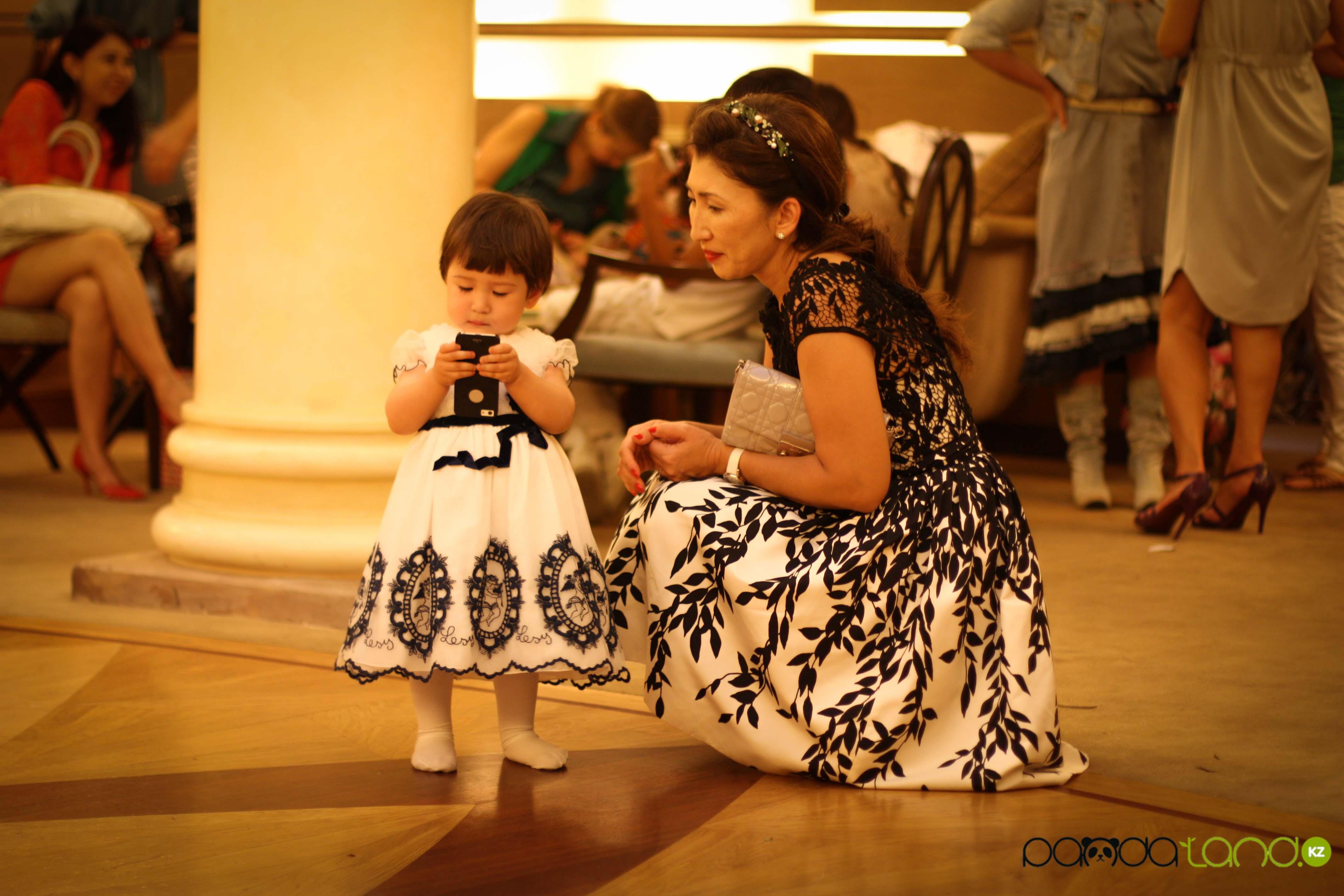 Фото мамочек и их дочек 7 фотография