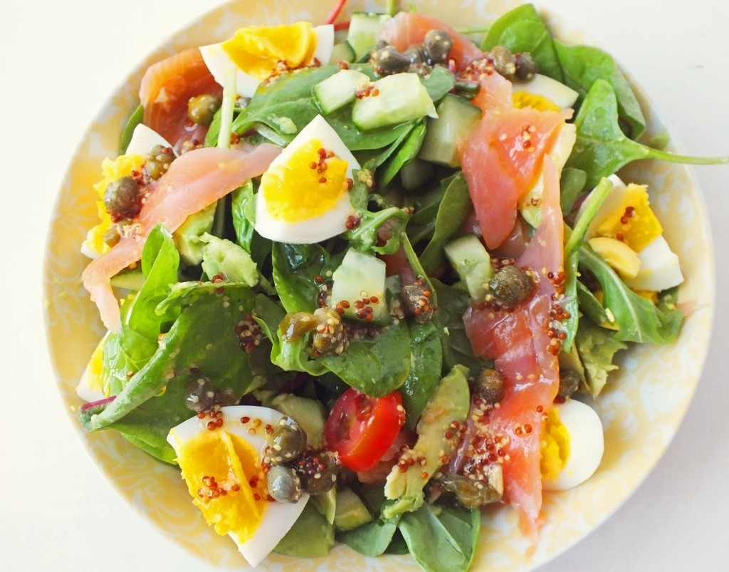 Салат из лосося яйца