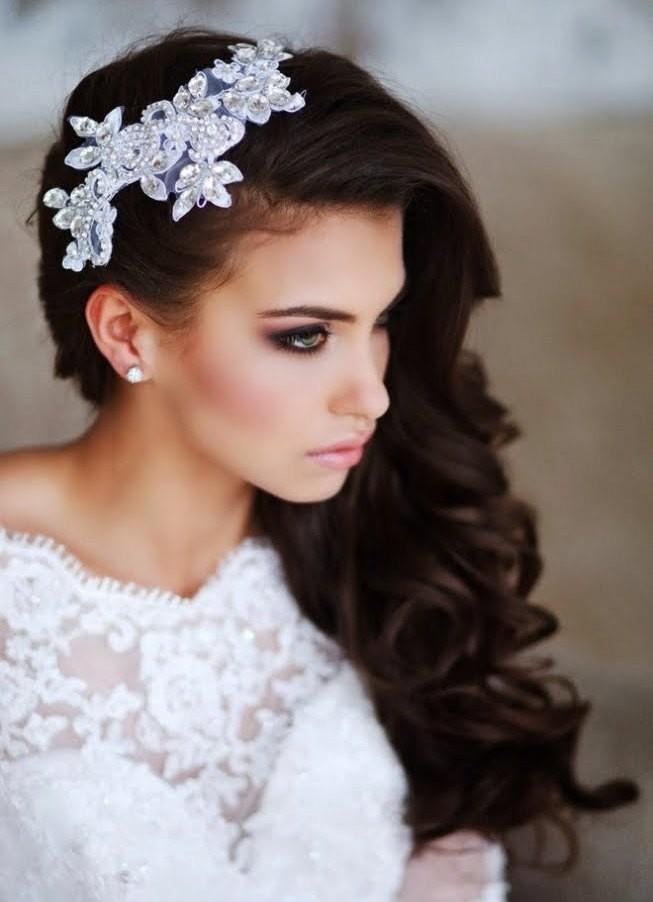 Причёски на свадьбу для длинных волос