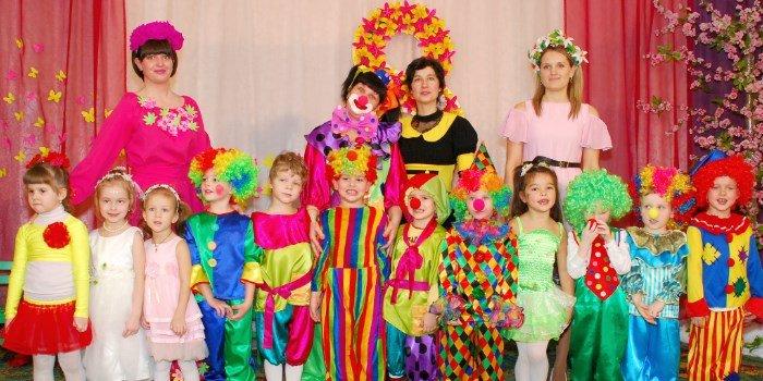 Детский праздник сценарии на 8 марта детский праздник дома сценарий 4 года