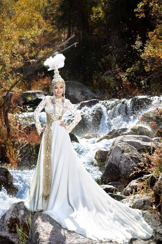 78f60b68897 Казахское свадебное платье. История костюма