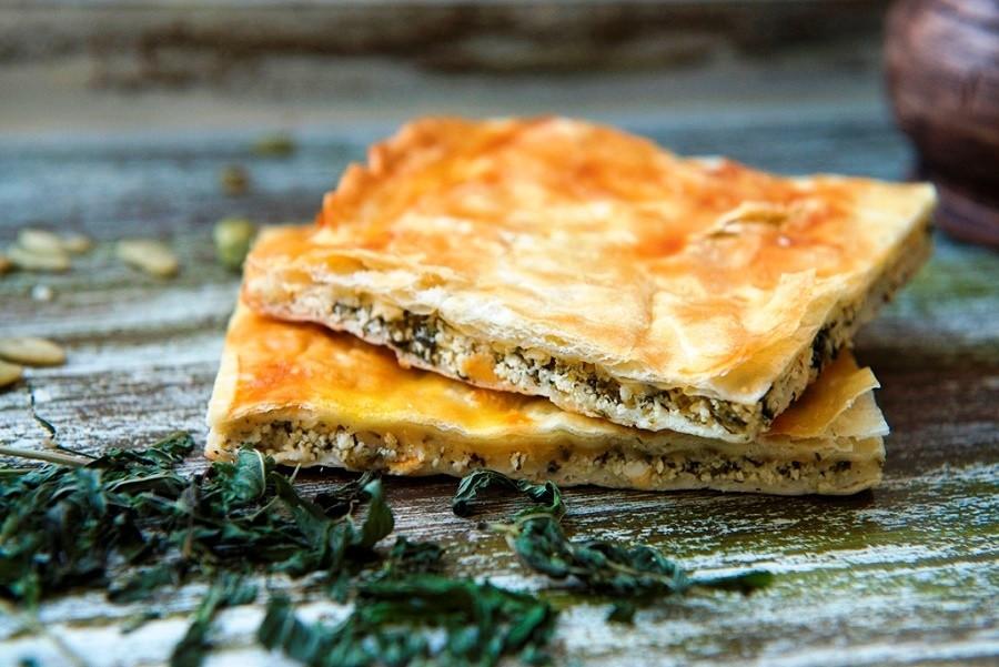 каком порядке осетинский пирог с сыром творогом и зеленью встаю, думаю